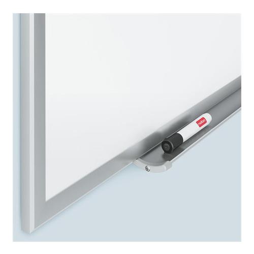 Smaltovaná magnetická biela tabuľa, hliníkový rám, 90 x 120 cm